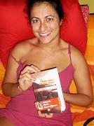 20110318164025-brumberg-con-su-libro-2.jpg