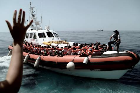 20180615144807-patrullera-de-la-guardia-costera-italiana.-efe-.jpg